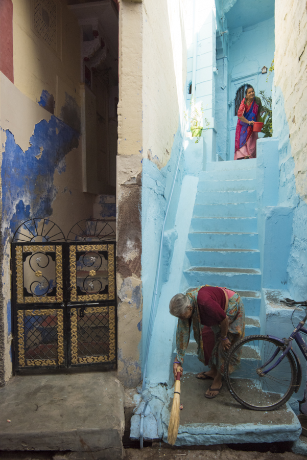 Jodhpur's famous blue painted buildings hold so many stories. Love the layers of paint and dimensions of the entrance to these women's homes, a glimpse into their everyday lives that would look nearly identical (minus the bicycle wheel) as their ancestors in this place during the past 500 years.